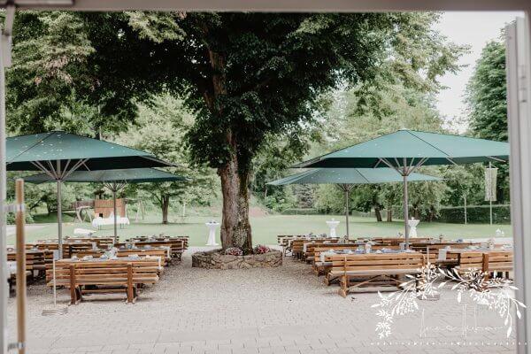 HofgutLilienhof Innenhof AnnaHuber wedding 0483